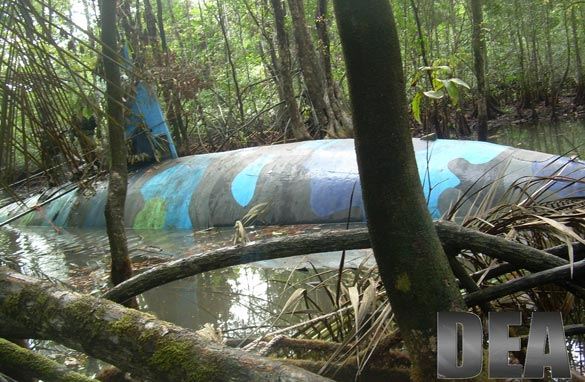 """Colombian crew that smuggled tons of cocaine using """"narco-submarines"""" pleads guilty"""