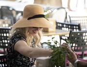 turista con cappello