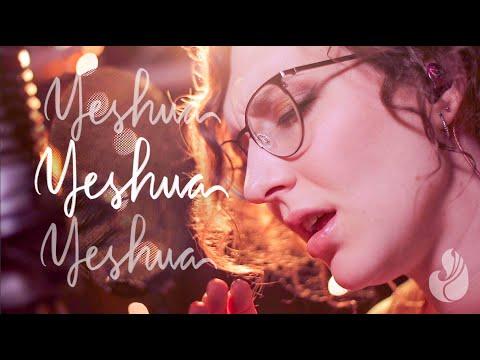 Yeshua   WorshipMob live (cover +spontaneous) - WorshipMob