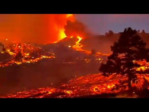 Hell has erupted on Earth! 🌋 Cumbre Vieja volcano eruption, La Palma, Canary Islands, Spain.