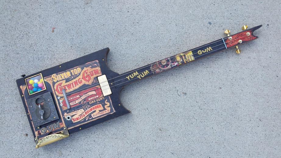 swamp witch guitar  bubble gum 4