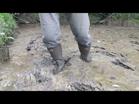 Le Chameau Vierzon wellies in mud