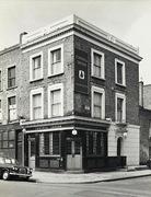 Fonthill Tavern, Finsbury Park, c1968
