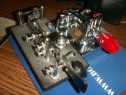 ARMY SIGNAL CORPS J36 BUG AND VIBROPLEX IAMBIC PADDLE